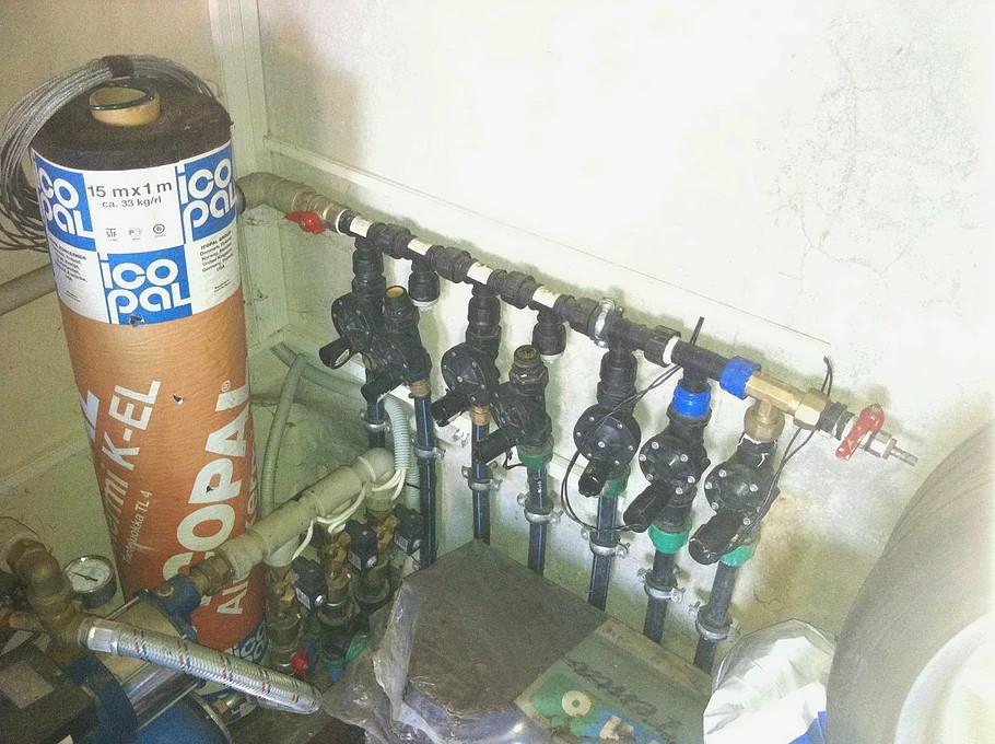 laistymo sistemos voztuvai sumontuoti garaze
